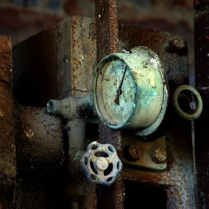 rusted gauge